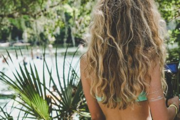 How to take care of your hair when you surf